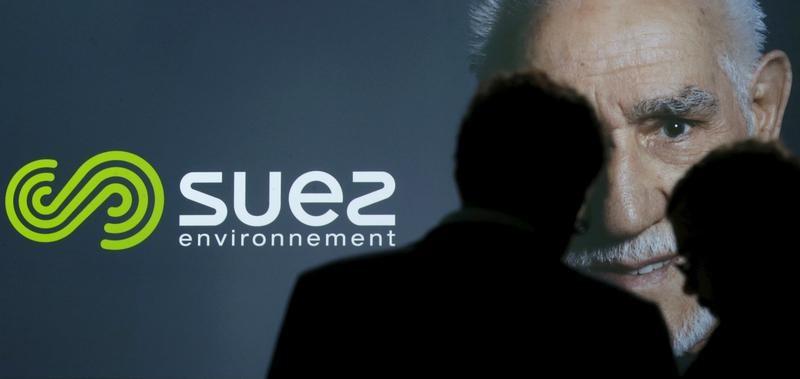 © Reuters. SUEZ: LE CONTRAT DE DÉPOLLUTION AU QATAR ATTEINT 107 MILLIONS D'EUROS