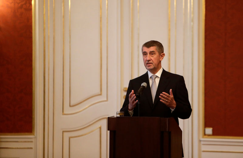 © Reuters. Czech newly appointed Prime Minister Babis attends a news conference in Prague