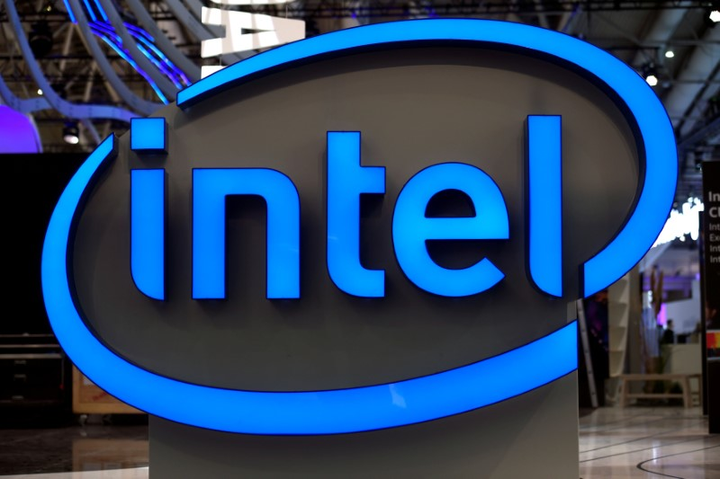 © Reuters. FILE PHOTO: Intel's logo is pictured during preparations at the CeBit computer fair in Hanover