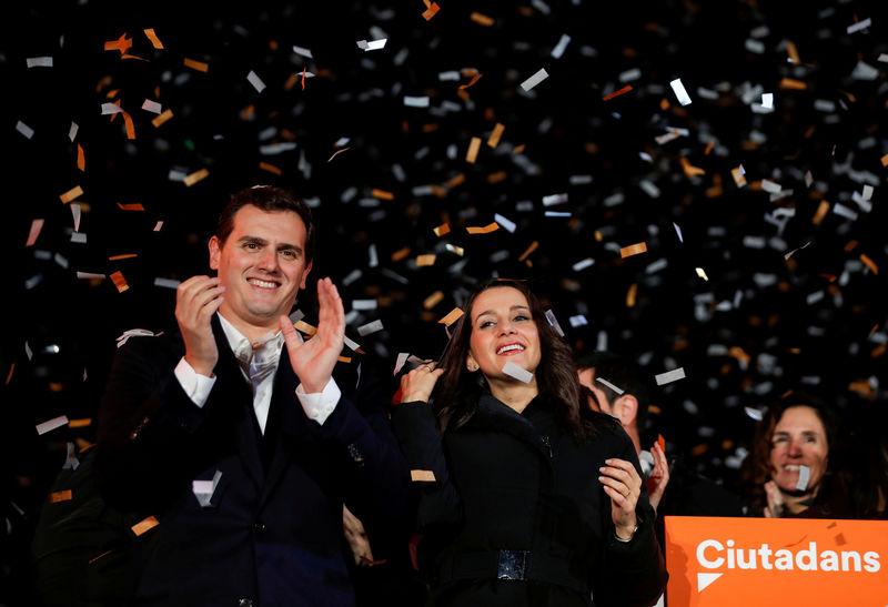 © Reuters. Ciudadanos sería hoy el partido más votado en unas generales, según un sondeo