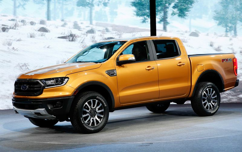 © Reuters. The 2019 Ford Ranger is unveiled during the press preview at the North American International Auto Show in Detroit,
