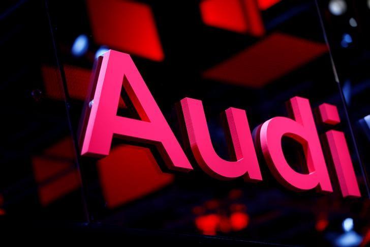 © Reuters. An Audi logo is pictured at the Frankfurt Motor Show (IAA) in Frankfurt