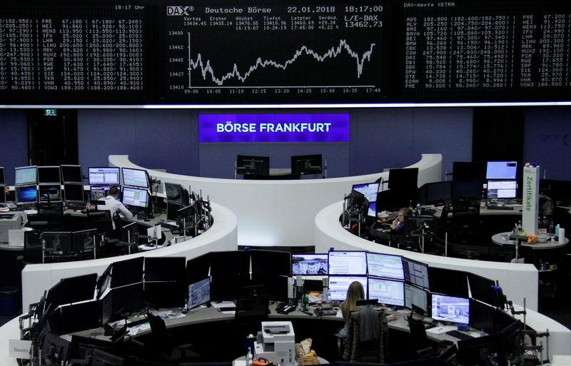 الأسهم الأوروبية ترتفع مدعومة بنشاط قوي لإندماجات