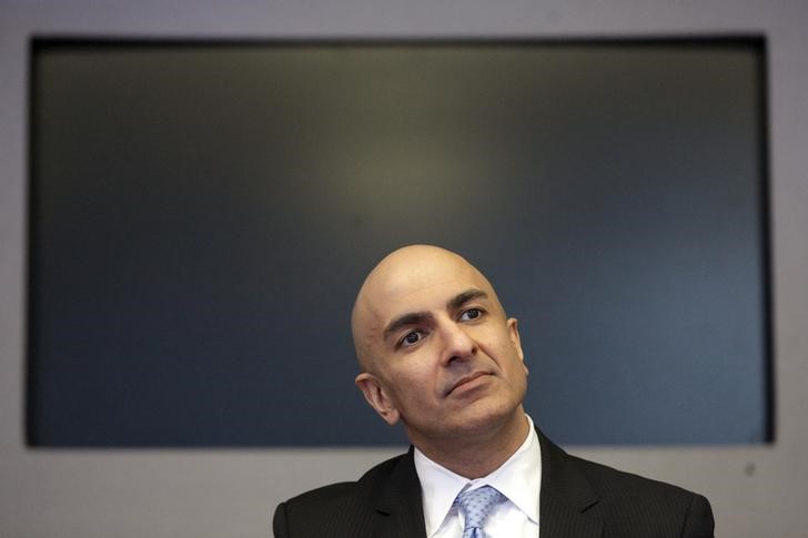 © Reuters. Minneapolis Fed President Neel Kashkari speaks during an interview at Reuters in New York