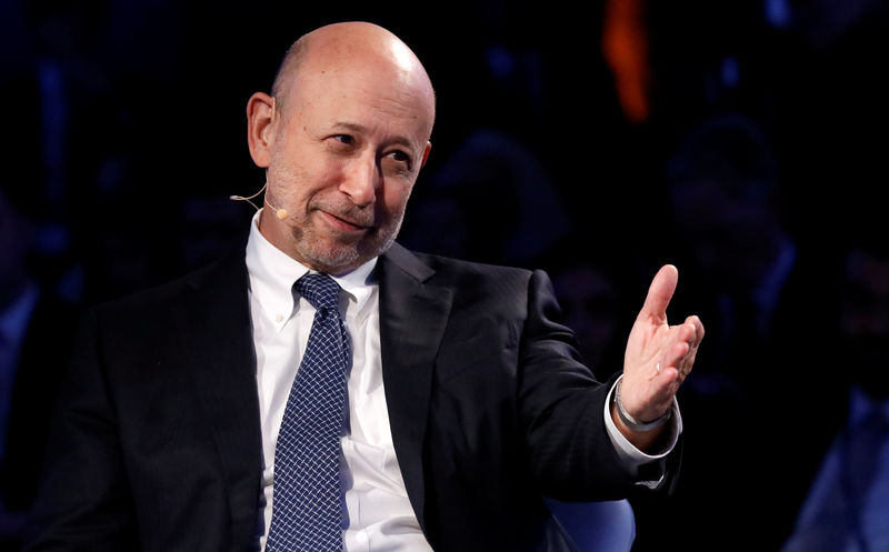 © Reuters. FILE PHOTO:    Goldman Sachs Chairman and CEO Blankfein speaks at the Bloomberg Global Business Forum in New York