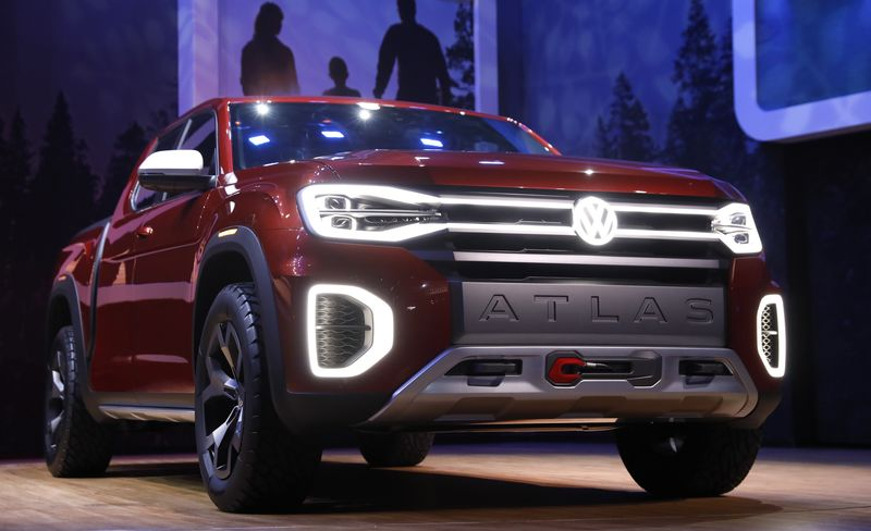 Volkswagen unveils concept pickup truck at New York auto show By Reuters