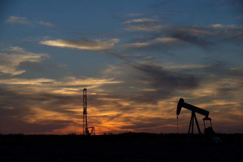 U.S. crude oil production rose slightly in January: EIA