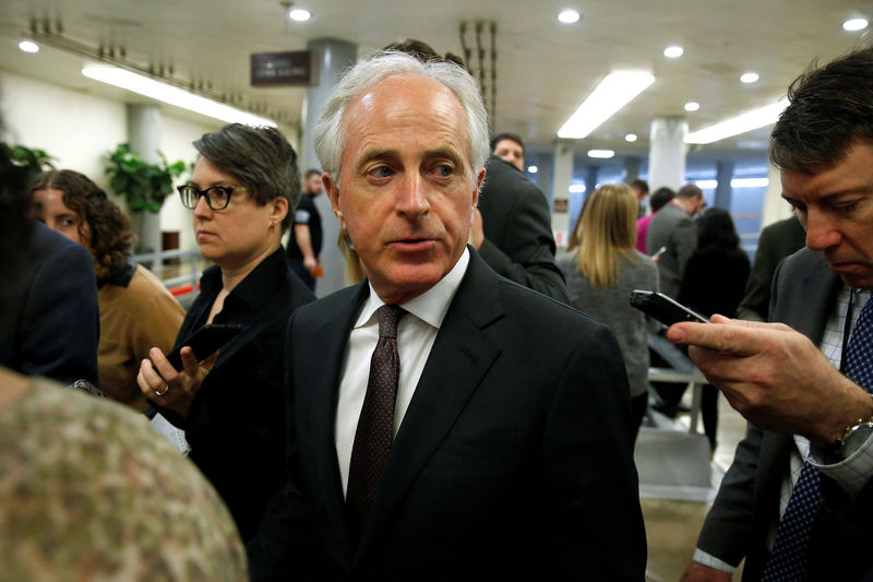 © Reuters. Senator Bob Corker (R-TN) speaks to reporters as he arrives for the weekly Senate Republican policy luncheon in Washington