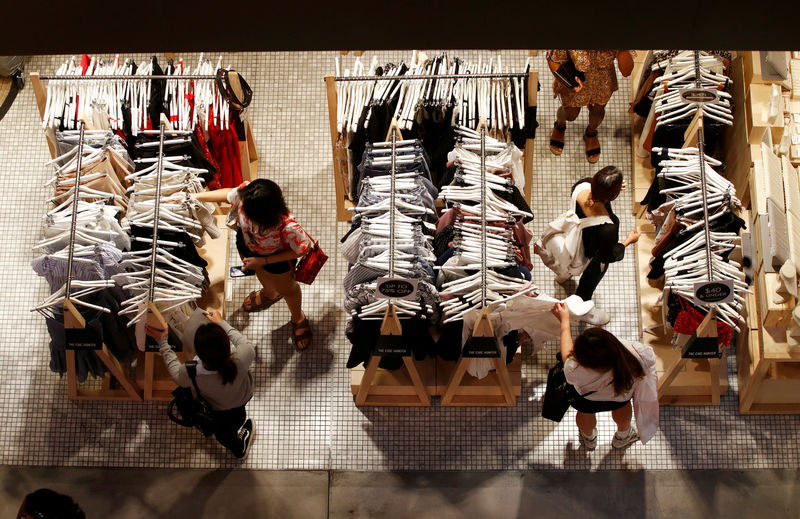 Australia inflation stays soft in first quarter, interest rates seen going nowhere