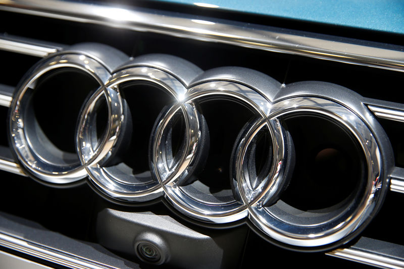 Germany probing audi for new emissions device der spiegel for Der spiegel logo