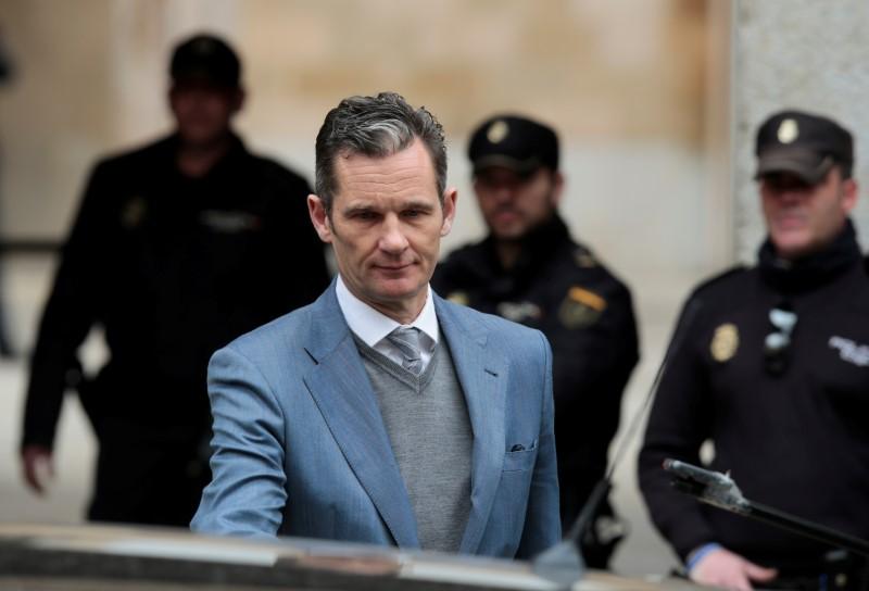 © Reuters. La Audiencia de Palma da cinco días a Urdangarin para entrar en prisión-medios