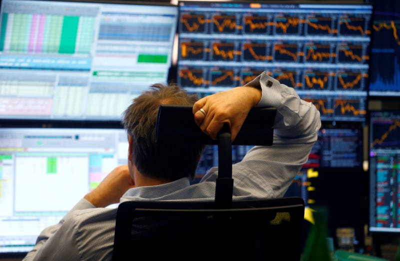 European shares crawl up from trade war sell-off