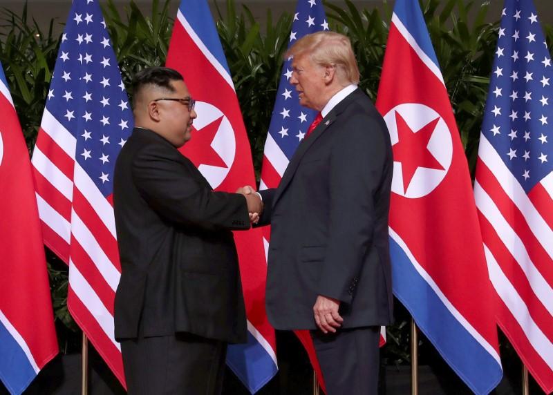 © Reuters. Presidente dos EUA, Donald Trump, e líder norte-coreano, Kim Jong Un