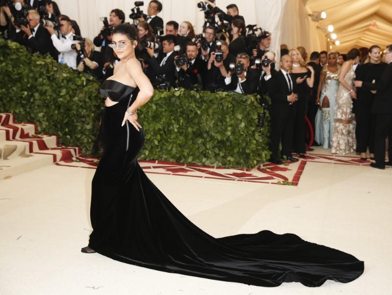 © Reuters. Kylie Jenner chega para cerimônia em Nova York