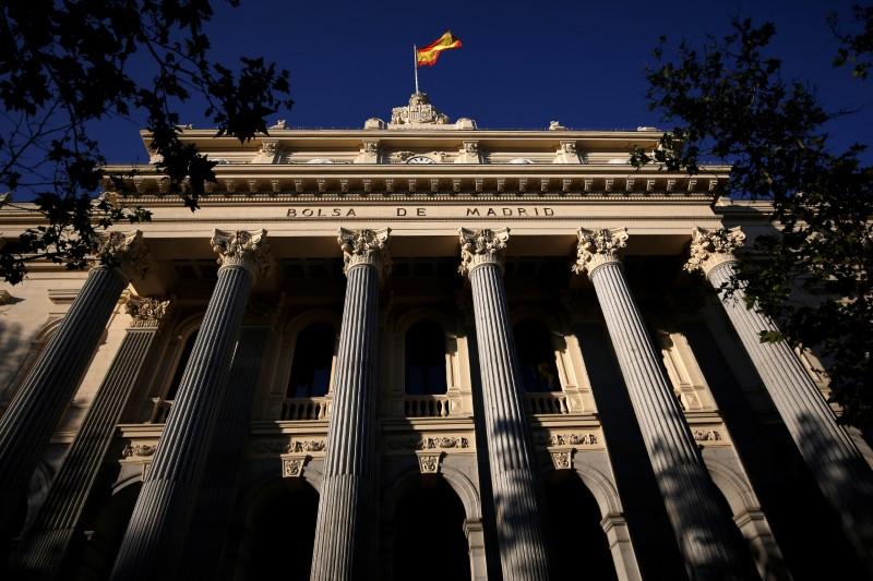 © Reuters. El Ibex sube muy tímidamente tras recientes pérdidas