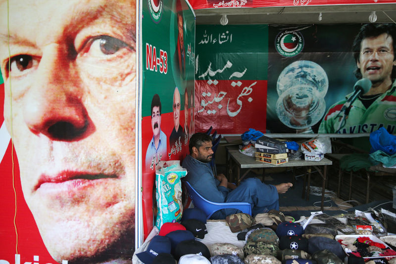 Pakistan's Imran Khan faces tough test in looming economic crisis