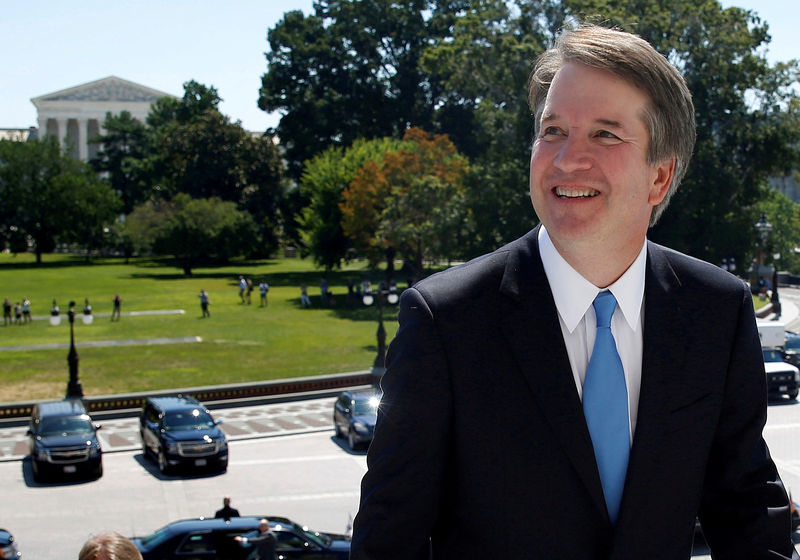 © Reuters. FILE PHOTO:    U.S. Supreme Court nominee Kavanaugh arrives for meetings on Capitol Hill in Washington