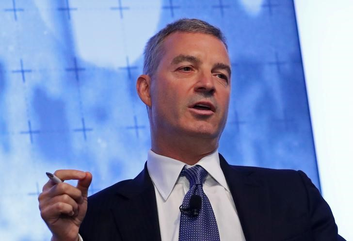 © Reuters. Hedge fund manager Daniel Loeb speaks during a Reuters Newsmaker event in New York
