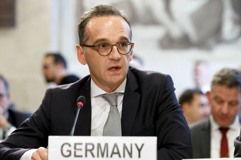 © Reuters. German Minister of Foreign Affairs Heiko Maas delivers his statement, during the Geneva Conference on Afghanistan, at the European headquarters of the United Nations in Geneva