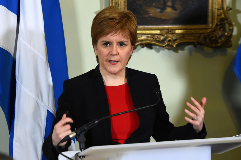 © Reuters. FILE PHOTO: Scotland's First Minister Nicola Sturgeon takes part in a press conference at Bute House in Edinburgh, Scotland