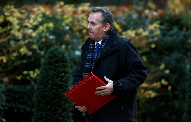 © Reuters. Britain's Secretary of State for International Trade, Liam Fox arrives in Downing Street, London