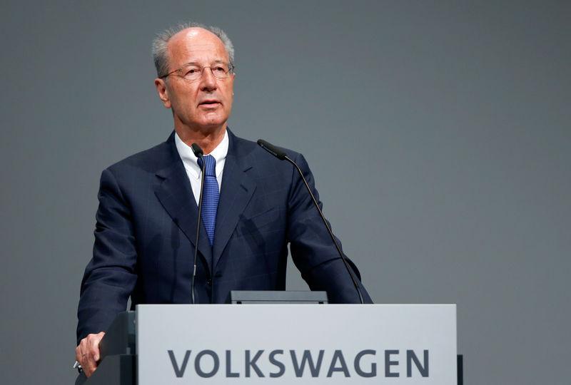 © Reuters. Poetsch, chairman of the Volkswagen's supervisory board, speaks during the Volkswagen Group's annual general meeting in Berlin