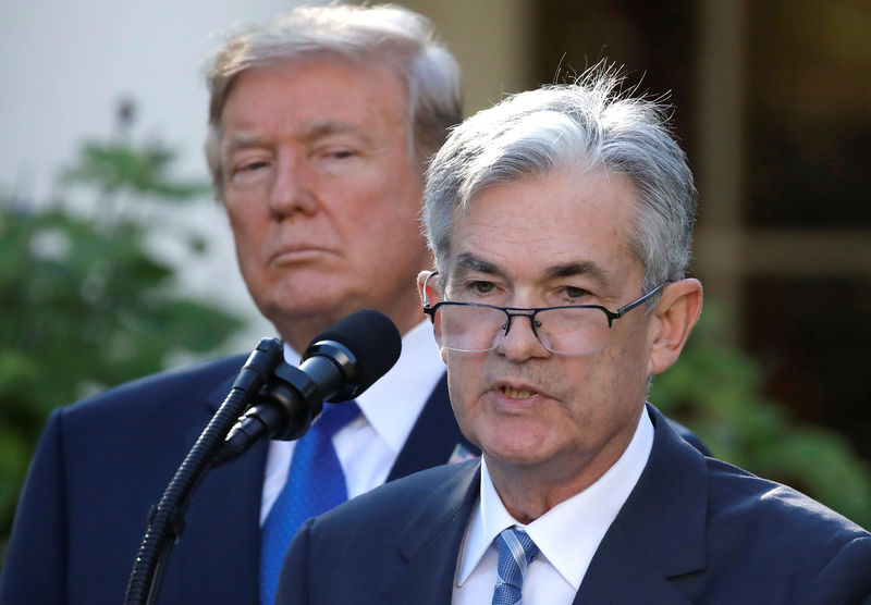 © Reuters. U.S. President Donald Trump looks on as Jerome Powell, his nominee to become chairman of the U.S. Federal Reserve, speaks at the White House in Washington