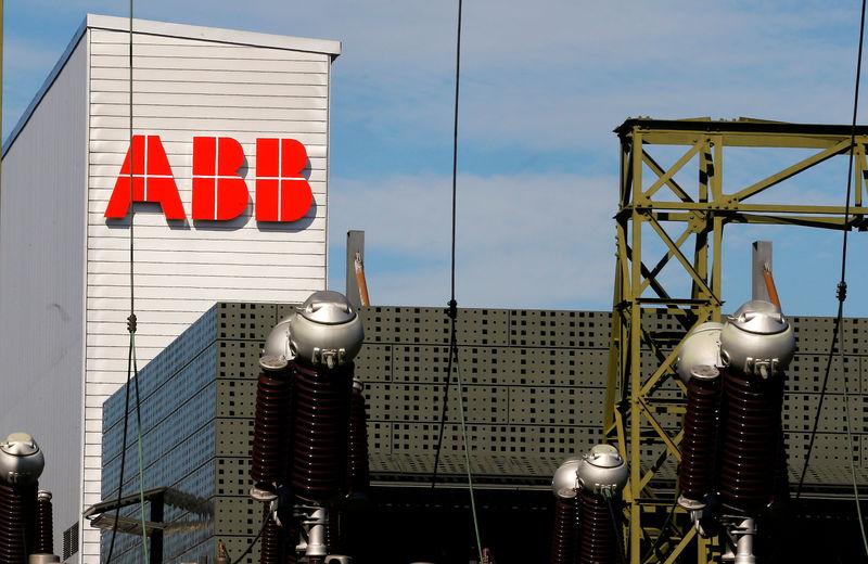 © Reuters. ABB DISCUTE AVEC LE JAPONAIS HITACHI DE SA DIVISION POWER GRIDS