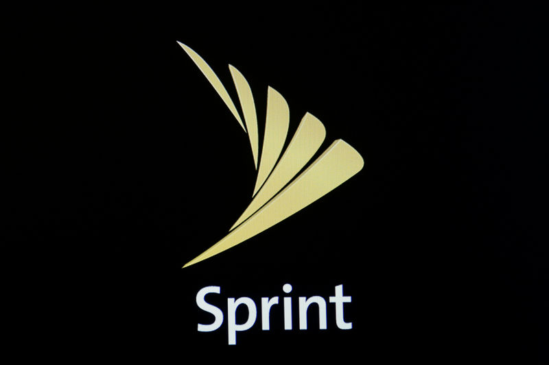 Group forms to oppose tie-up of U.S. telecom firms T-Mobile, Sprint