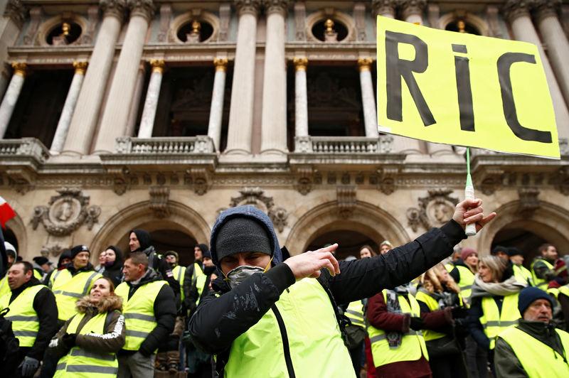 """""""Gilets jaunes"""" -Mobilisation en forte baisse, tensions en soirée"""