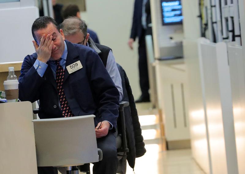 Dopo Milano Con Borsa Sale Rimbalza Cedente Moncler Upgrade Banche 16EYq
