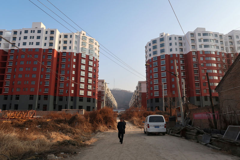 Party on: Real estate booms in cradle of China's Communist revolution