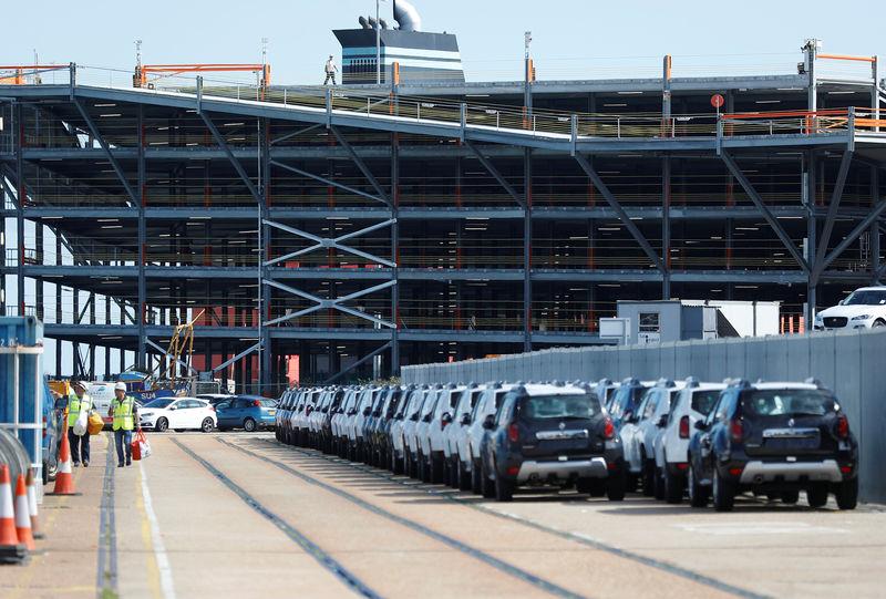 Billions of euros, millions of jobs: Europe's carmakers warn on no-dea