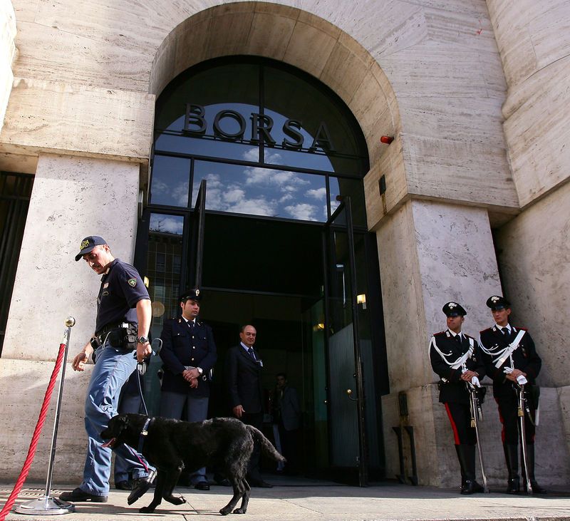 Private detective acted 'defensively' in Credit Suisse case: memo By R