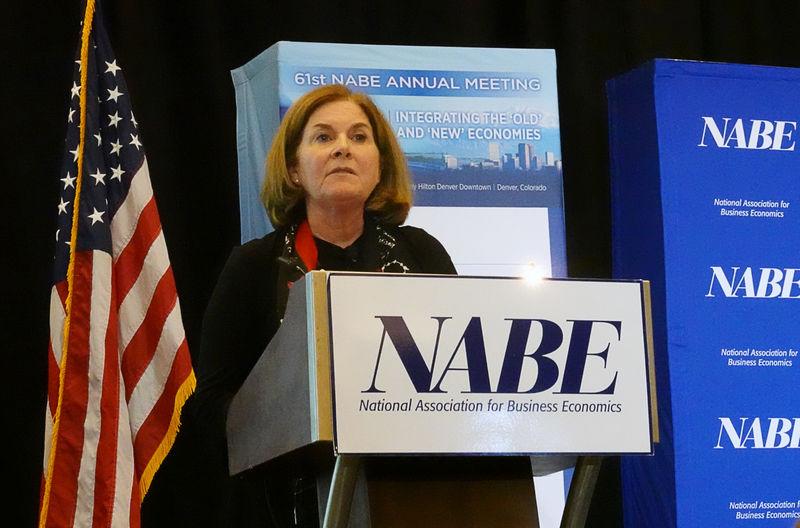 © Reuters. Kansas City Federal Reserve Bank President Esther George addresses the National Association for Business Economics in Denver