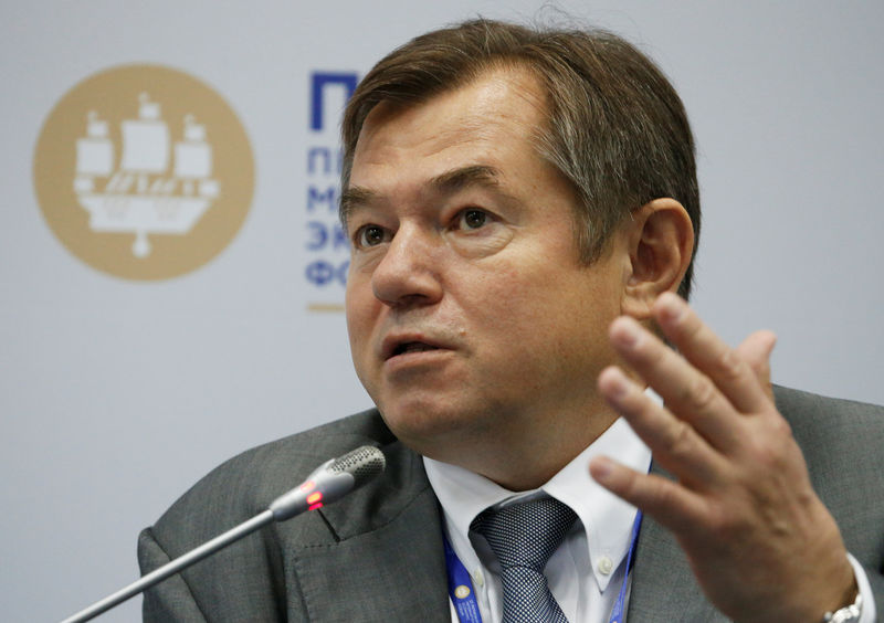 Putin dismisses Kremlin aide Glazyev, critic of central bank's policy