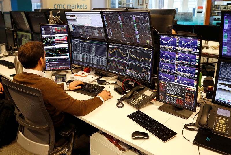 Seismograph: Brexit-sensitive financial prices in critical week By Reu