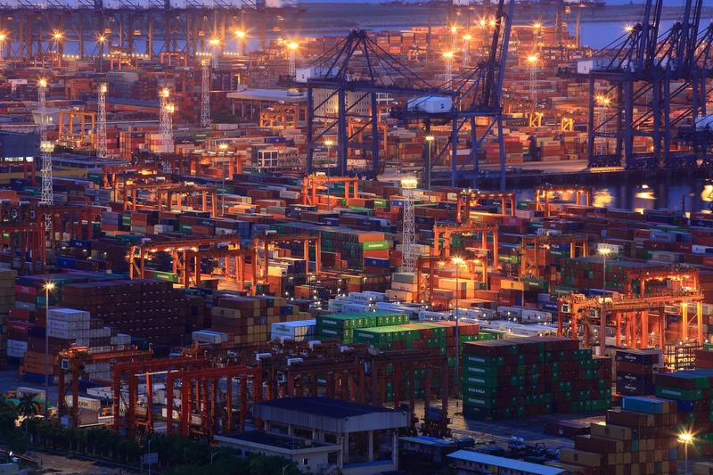 China wants tariffs cut to enable $50 billion imports from U.S.: Bloom
