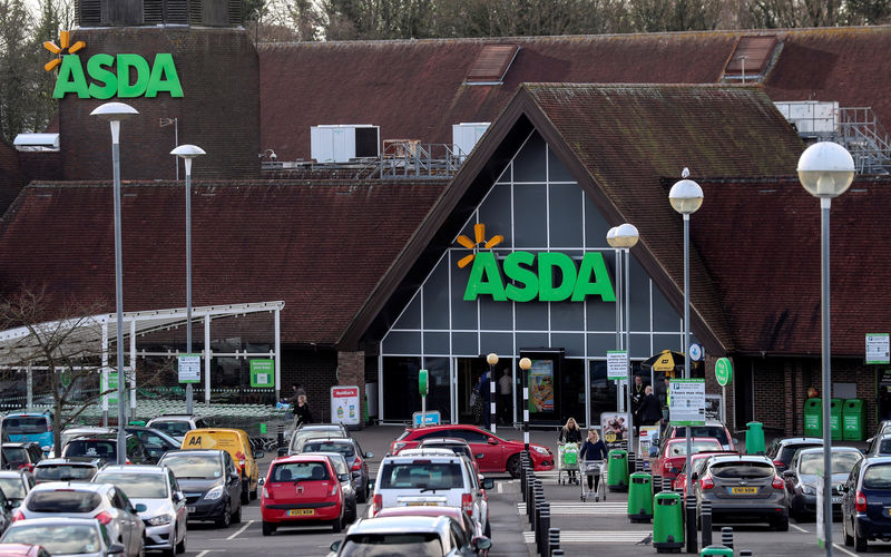 Workers at UK's Asda face sack as contract deadline looms By Reuters