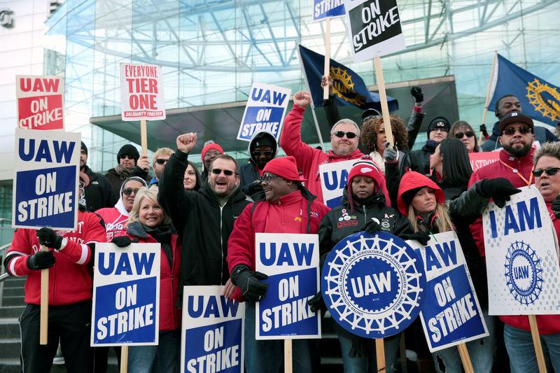 General Motors strike to slash U.S. October payrolls: JPMorgan By Reut