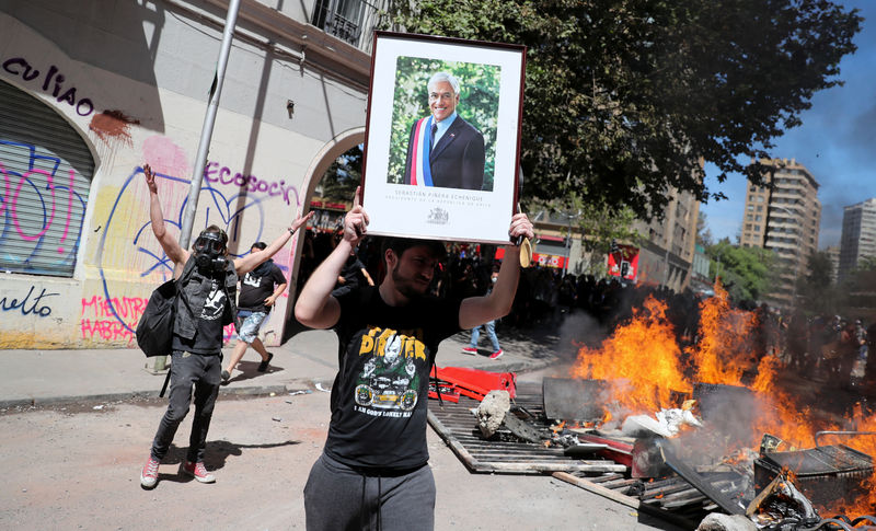 Chile lawmakers call for social reforms as protests mount By Reuters