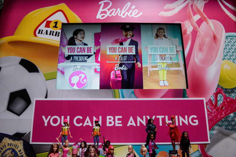 © Reuters. Mattel's Barbie doll is seen on display at the 114th North American International Toy Fair in New York City