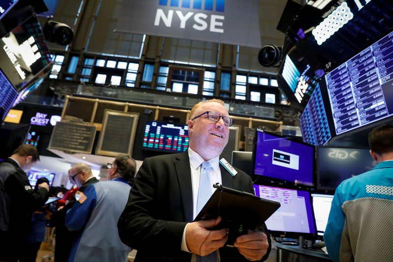 Wall Street falls on fresh trade jitters - Investing.com thumbnail