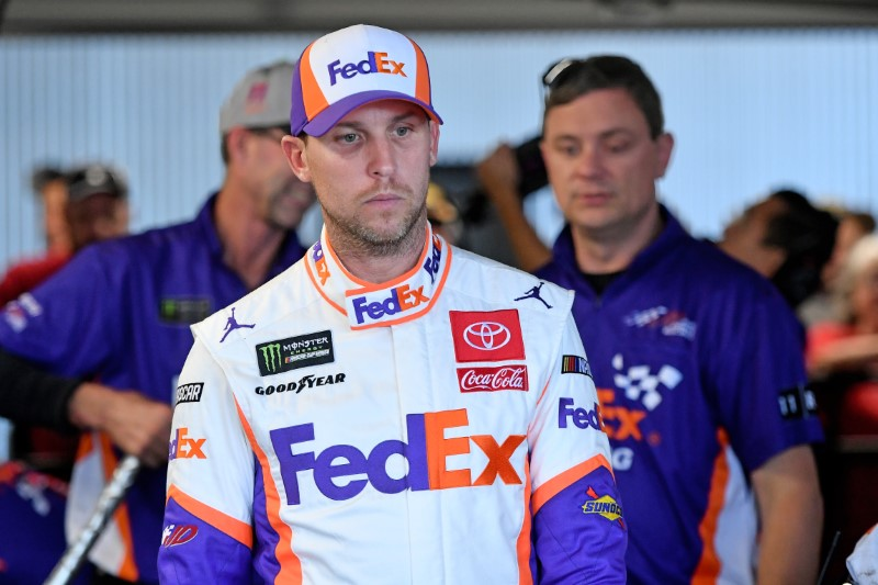 Hamlin (shoulder) is used to driving hurt