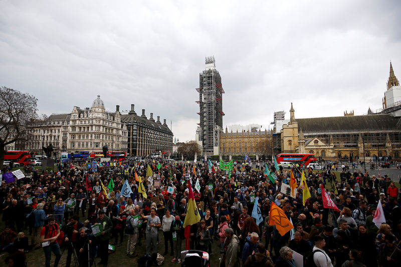 Extinction Rebellion wins court challenge to London police ban By Reut
