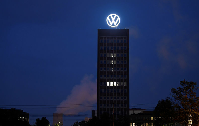 © Reuters. A new logo of German carmaker Volkswagen is unveiled at the VW headquarters in Wolfsburg