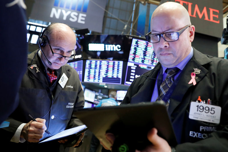 Indexes trade near flat, pause as trade deal doubts resurface