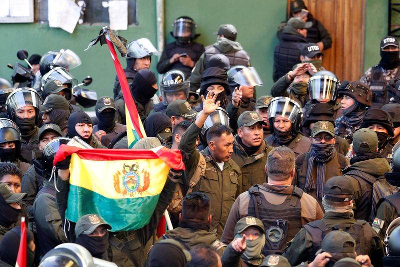 © Reuters. Protest against Bolivia's President Evo Morales in La Paz