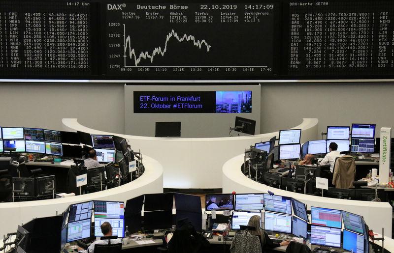 Daimler drives European shares lower as data stirs more fears