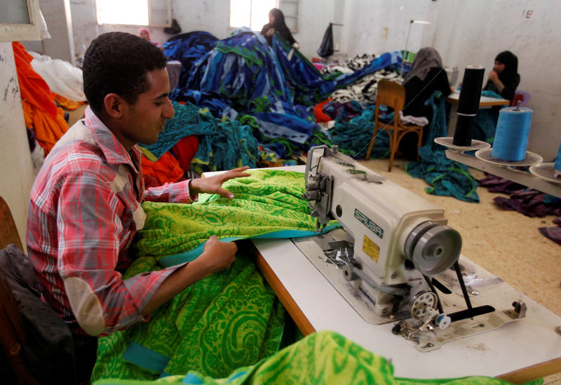Egypt's textiles salvage plan reveals backing for state sector By Reut